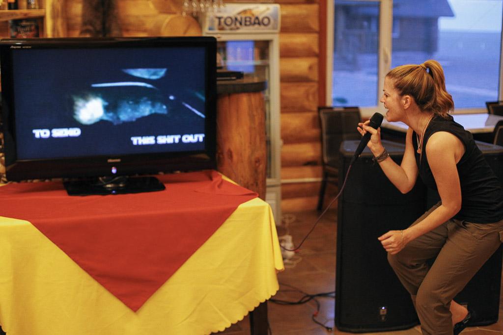 Karaoke in Mongolia - Gobi Desert