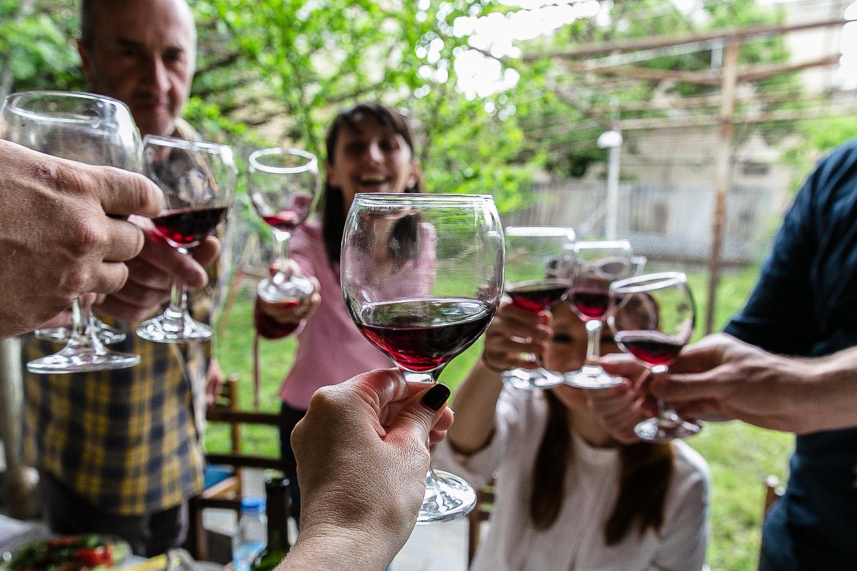 Georgian qvevri wine toast